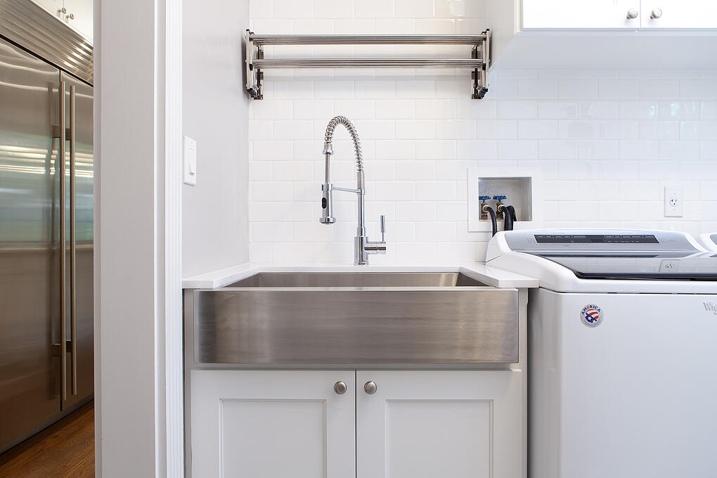 Farmhouse Sink and Renovated Mudroom