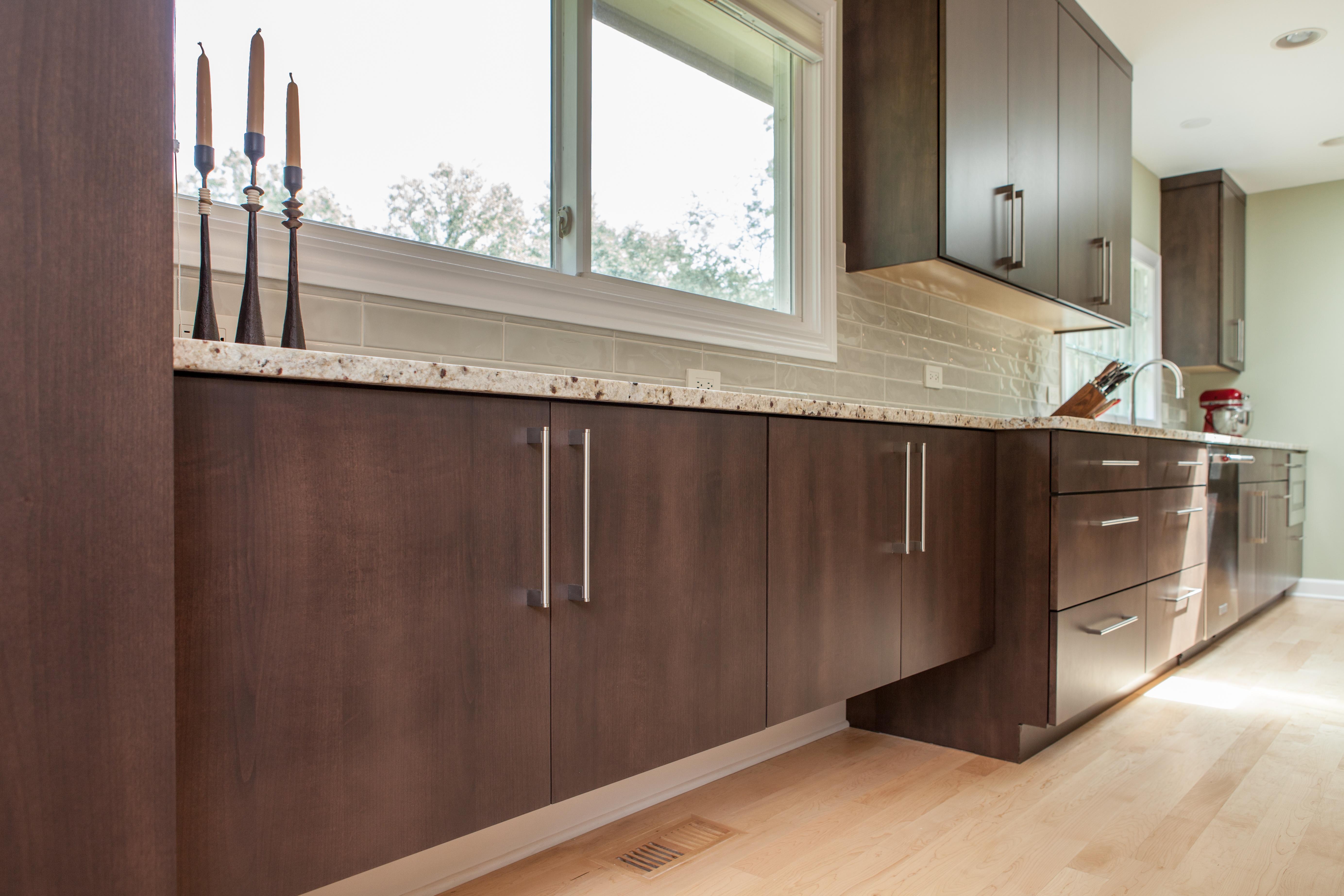 Cabinetry - plenty of kitchen storage