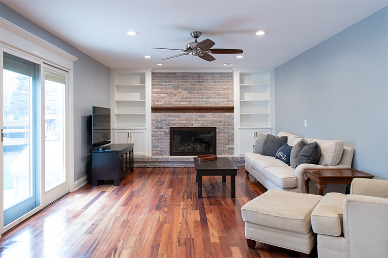 red_top_remodeled_family_room