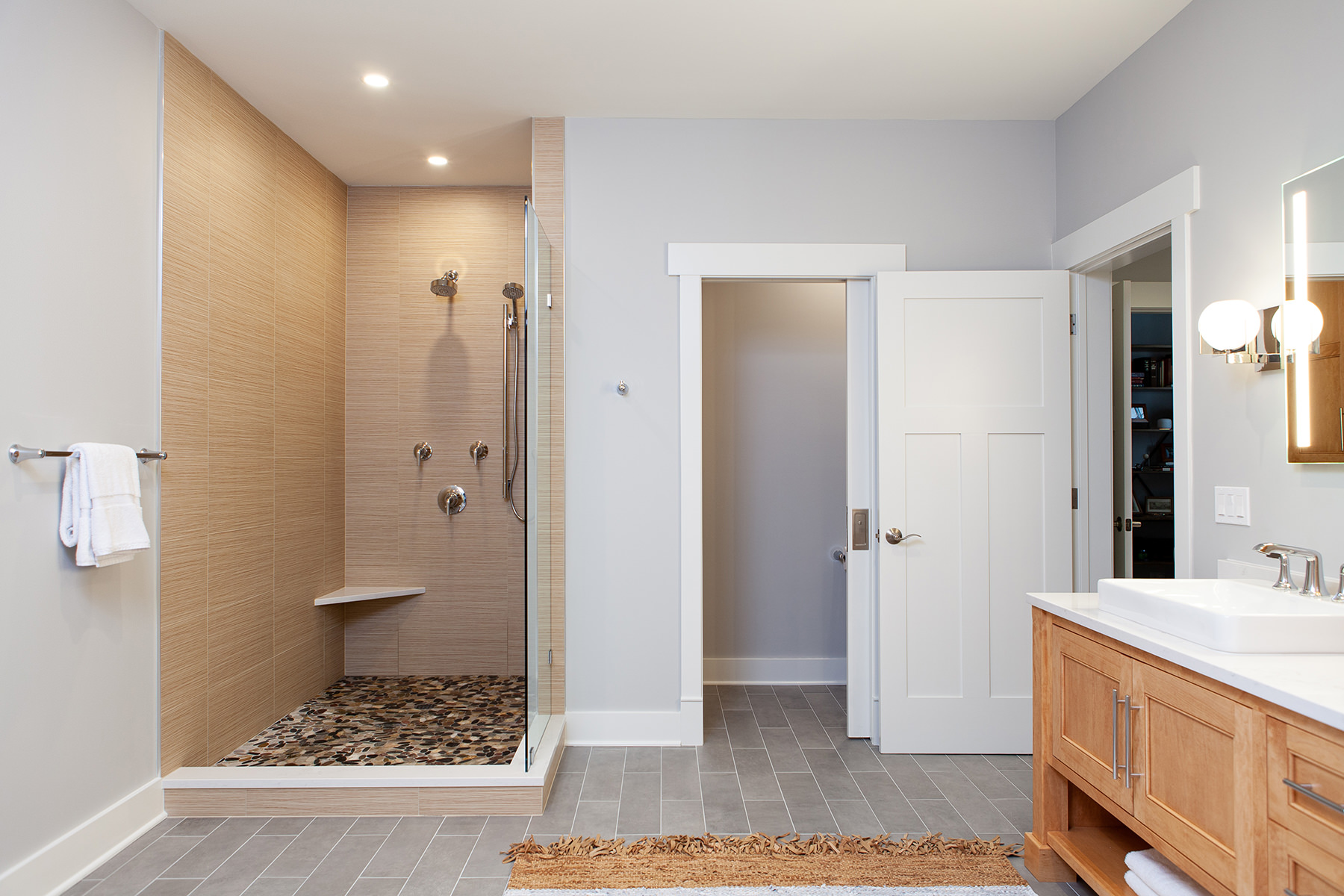 BDS primary bathroom and closet remodel in Libertyville, Illinois
